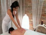 Victoria Blaze y sus maravillosos masajes - Actrices Porno