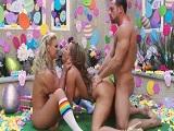 Trío porno con Phoenix Marie y Richelle Ryan - Maduras