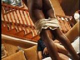 Negra muy sexy se abre de piernas para nosotros - Negras