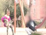Española desnuda por la calle, que loca! - Españolas