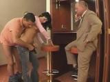Los jefes follando a la secretaria.. - Pornhub