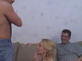 Su marido cornudo lo verá todo de ella.. - Maduras