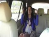 El taxista tenía una oferta para ella - Morenas