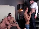 En pocos minutos hacen una orgía gay - Gays