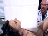 Me encanta la visita al ginecólogo... - Actrices Porno