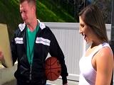 Un entrenamiento de baloncesto muy diferente - Morenas