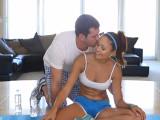 Deja el yoga para echar un buen polvo - Latinas