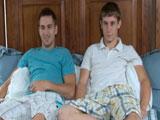Los hermanos siempre follan juntos - Gays